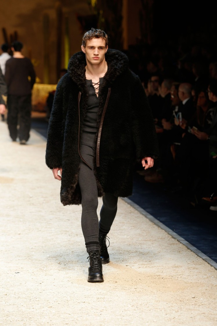 dolce-and-gabbana-fall-winter-2016-17-men-fashion-show-runway-07-800x1200